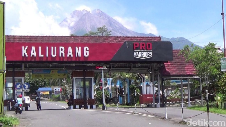 Gunung Merapi siaga, wisata Kaliurang tetap buka
