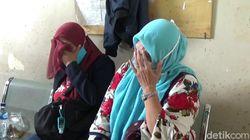 Isak Tangis Warnai Pemulangan Jenazah Korban Kecelakaan Maut Tol Cipali