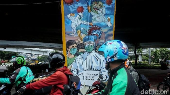 Jokowi menyoroti kondisi COVID-19 di Indonesia yang memburuk. Kampanye protokol kesehatan pun terus dilakukan sebagai upaya pencegahan virus Corona.