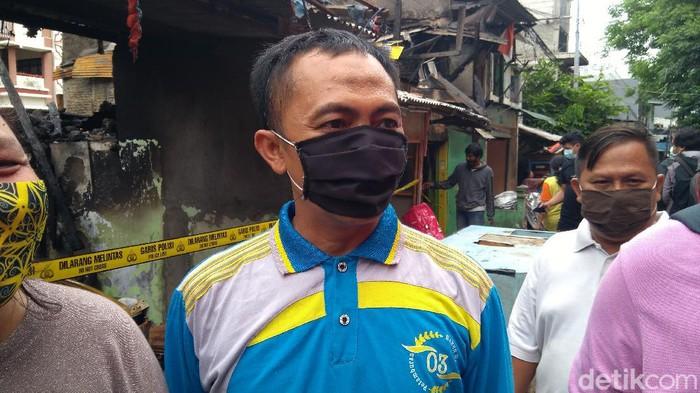 Ketua RT 09 RW 03 Petamburan, Gatot (Adhysata Dirgantara/detikcom).