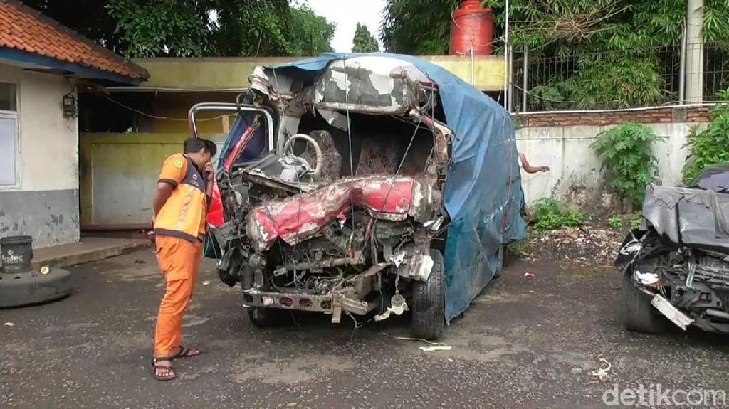 Polisi Selidiki Kecelakaan Maut di Tol Cipali yang Tewaskan 10 Orang
