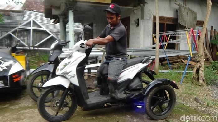Modifikasi motor roda tiga untuk difabel