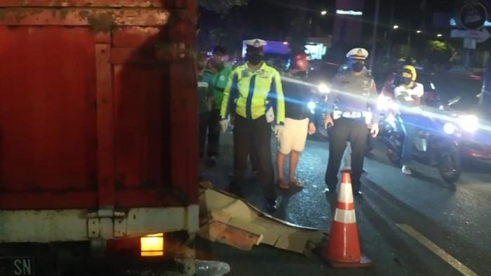 Pemotor di Sukabumi tewas terlindas truk