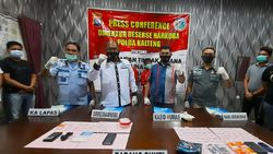 Polda Kalteng Tangkap 2 Pengedar Sabu di Palangkaraya