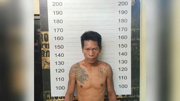 Syamsir (37) yang menikam adik iparnya sendiri di Makassar karena dendam (dok. Istimewa).
