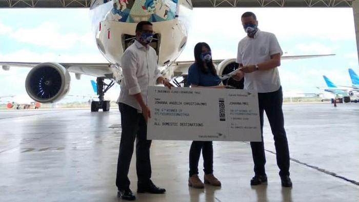 Garuda Indonesia kembali meluncurkan desain mask livery terbaru yang menampilkan motif batik