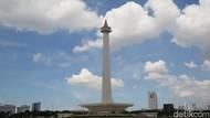 Birunya Langit Jakarta Hari Ini