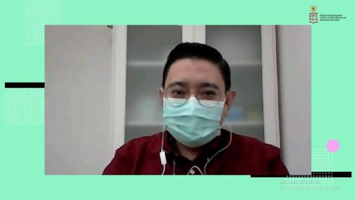 Dokter Spesialis Penyakit Dalam sekaligu Vaksinolog dr. Dirga Sakti Rambe