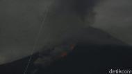 Sekilas Jatim: Gunung Semeru Meletus-Viral Pria Menikahi 2 Wanita Sekaligus