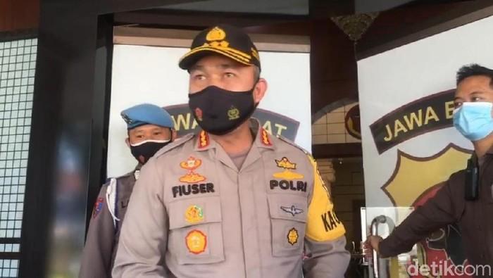 Kapolresta Bogor Kota, Kombes Hendri Fiuser.