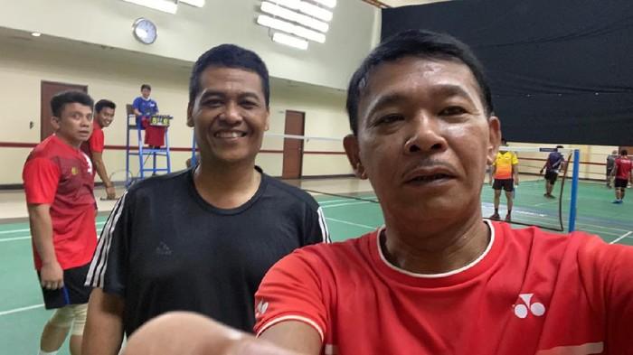 Kapolri Jenderal Idham Azis swafoto dengan Kadiv Humas Polri Irjen Argo Yuwono, tepis isu positif Corona