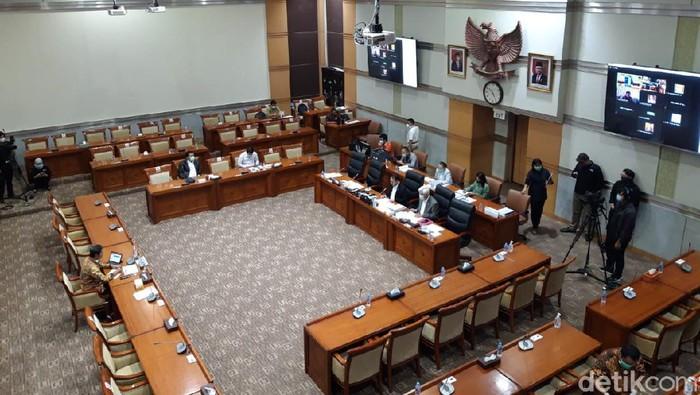 Komisi III DPR Gelar Uji Kelayakan Komisioner KY.