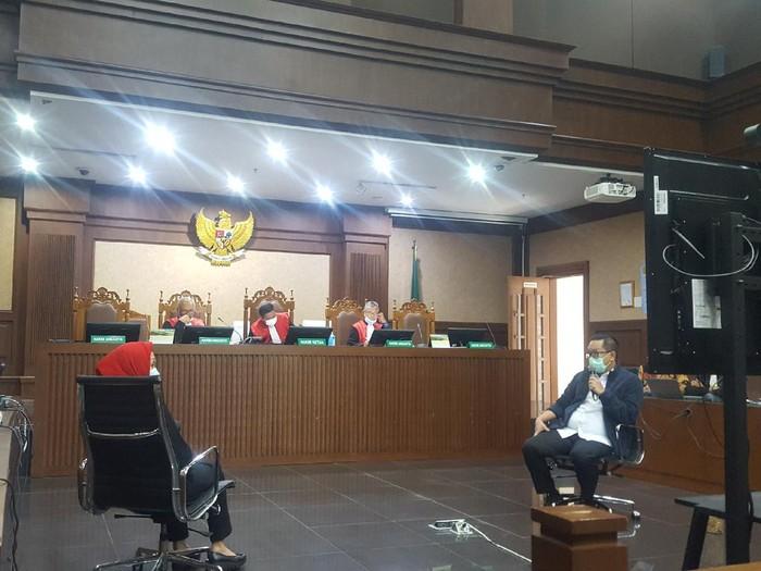 Sidang kasus suap penghpusan red notice Djoko Tjandra di PN Tipikor Jakpus