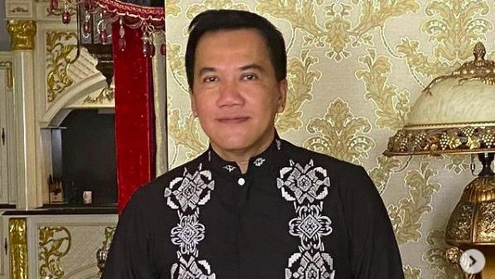 Fitno Fabulous, crazy rich Pondok Indah