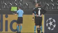 Beruntungnya Inter, Gol Gladbach Dianulir VAR