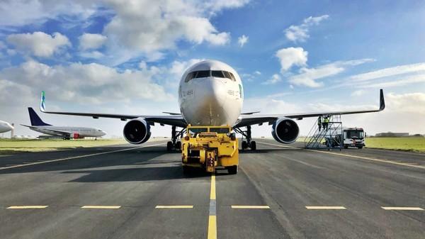 Maskapai ini mulai beroperasi tahun 2006 dan berbasis di Jerman. (Jet Test and Transport)