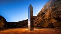 Penampakan Monolit Usai Menghilang Misterius Bikin Ngakak