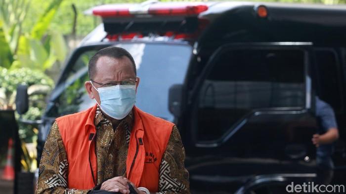Eks Sekretaris MA Nurhadi dan menantunya Rezky Herbiyono kembali jalani sidang virtual. Sidang itu digelar terkait kasus suap-gratifikasi yang menjerat keduanya