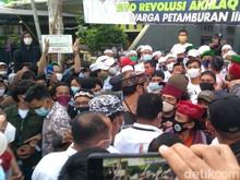 Urutan Kejadian Ketegangan di Petamburan Gegara Polisi Dihadang Temui HRS
