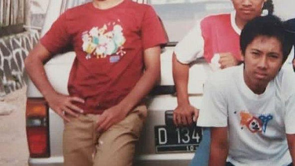 Ridwan Kamil Pasang Foto Jadul, Netizen Salah Fokus ke Motuba