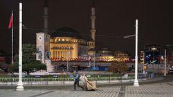 COVID di Turki Melonjak! Jam Malam di Hari Kerja dan Lockdown di Akhir Pekan