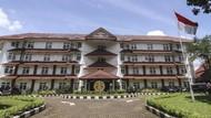 100 Universitas Terbaik di Indonesia Versi Webometrics Juli 2021