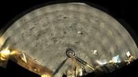 Wahana China Kirim Foto Pertama dari Permukaan Bulan