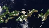 NASA Potret Erupsi Gunung Lewotolo di NTT, Ini Hasilnya