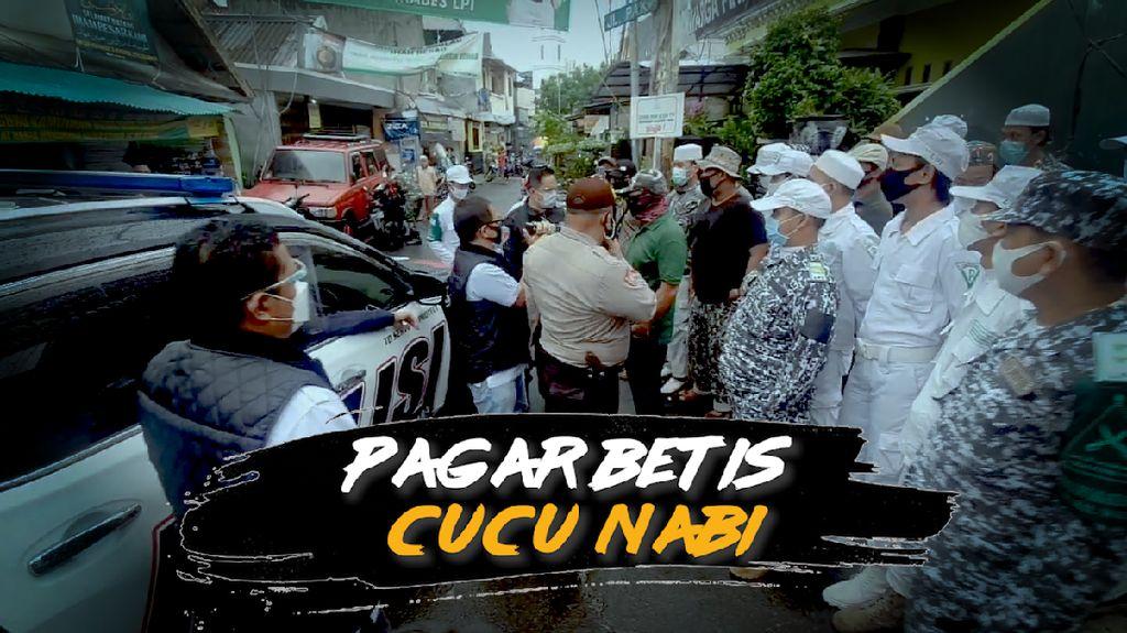 Laskar FPI Penjaga Gerbang Bertemu Habib Rizieq
