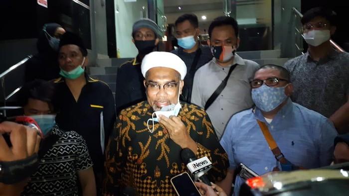 Ngabalin laporkan eks Staf KSP dan pengamat politik ke Polda Metro Jaya.