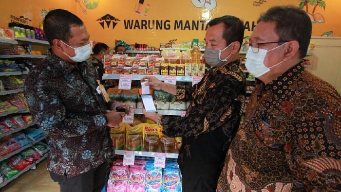 Warung Mantap Sejahtera merupakan program kerjasama antara Bank Mantap dengan Toko Mandiri Indogrosir (TMI).