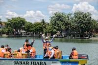 Dulu objek wisata ini hanya bisa dilihat saja, namun sekatang sudah bisa dikelilingi dengan perahu. (Humas Pemprov Jawa Barat)