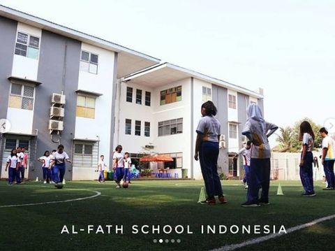 SD Swasta di Tangerang Selatan