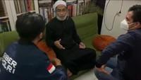Ustadz Maaher Resmi Ditahan Bareskrim Selama 20 Hari