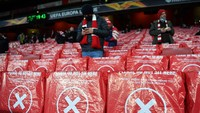 Fans Arsenal Hadir Lagi di Stadion, Minta Ini soal Mesut Oezil