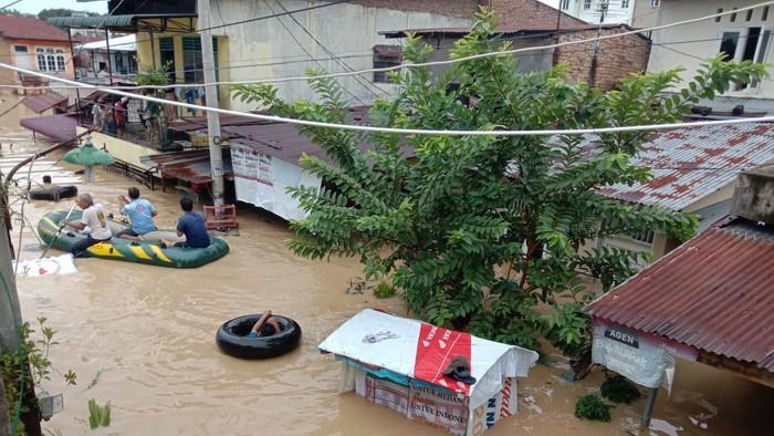 Banjir di Medan (Ahmad Arfah-detikcom)