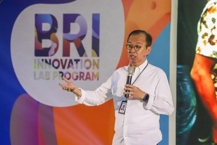 Dalam rangka mendorong literasi data kepada masyarakat luas, Bank BRI mengadakan kompetisi data science BRI Data Hackathon 2021.