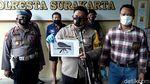 Foto Pelaku Penembakan Mobil Bos Tekstil di Solo Berbaju Tahanan