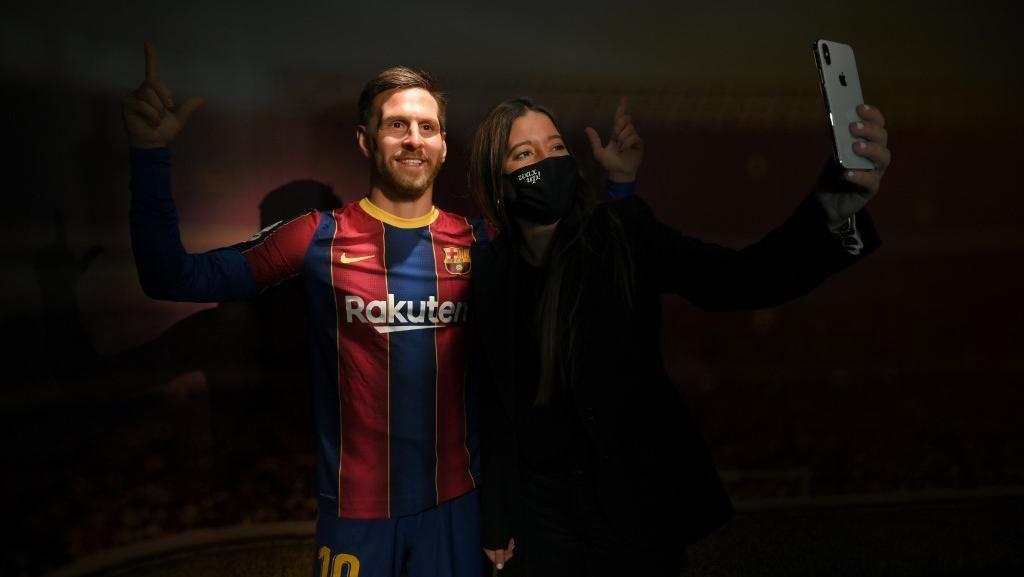 Patung Messi di Barcelona Dicibir Warganet