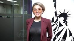 Nikita Mirzani Bela Ortu Ayu Ting Ting yang Dihujat Datangi Rumah Pembully