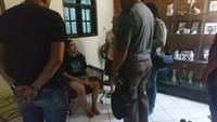 Iyut Bing Slamet Histeris Usai Ditangkap