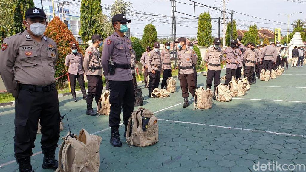 Ratusan Polisi yang Akan Bertugas Saat Pilbup Banyuwangi Jalani Rapid Test