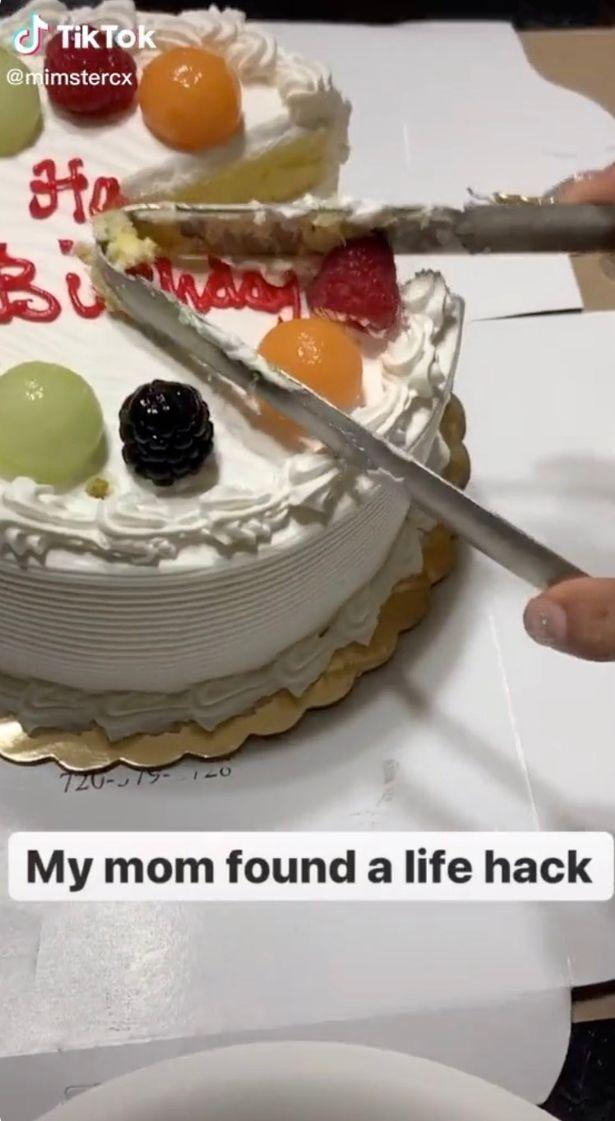 Potong Kue Pakai Gelas