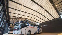 Pakai Teknologi Pesawat, Ini Spesifikasi Bus Social Distancing Laksana
