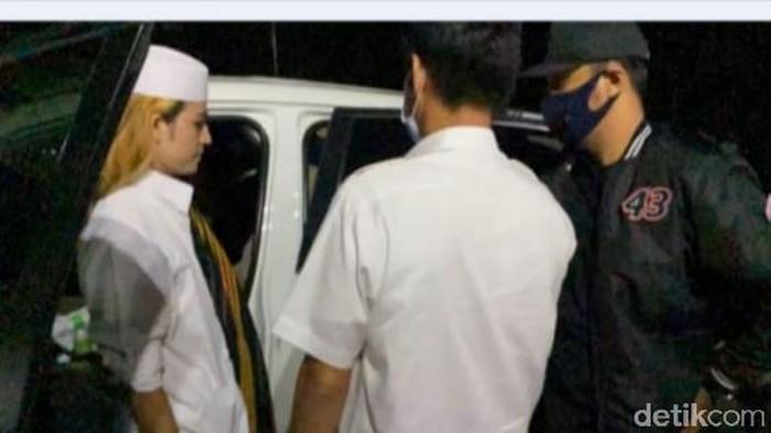 Rehan Al Qadri ditangkap karena azan hayya alal jihad
