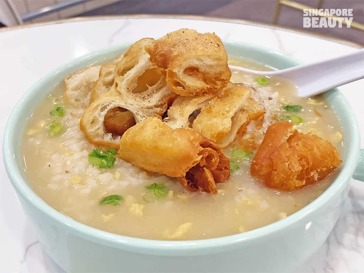 Robot Ini Sajikan Nasi Goreng dan Bubur di Resto Singapura