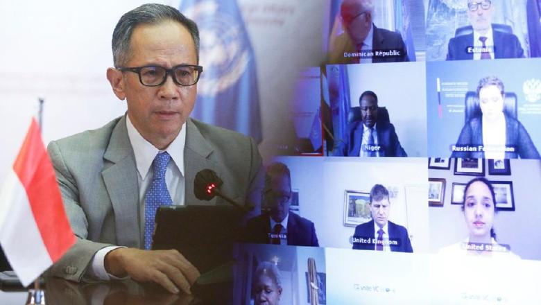 Wakil Menteri Luar Negeri, Mahendra Siregar, pada Pertemuan Tingkat Tinggi Dewan Keamanan (DK) PBB mengenai Peacebuilding and Sustaining Peace: Security Sector Governance and Reform yang diselenggarakan secara virtual pada hari Kamis (03/12/2020).
