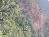 Detik-detik Longsor di Kecamatan Cisewu Garut