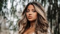 YouTuber Cantik Dihujat Usai Jual Video Telanjangnya saat Bocah