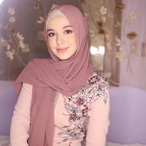 Pesona Ihssane Benalluch, Hijabers Maroko yang Masuk Nominasi Wajah Tercantik